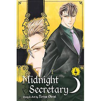 Midnight Secretary Vol. 4