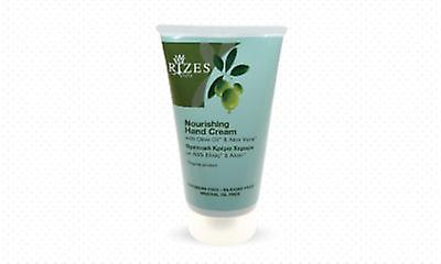 Nourishing hand cream with olive oil and organic Aloe Vera.