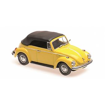 VW Beetle 1302 Cabriolet Closed Roof (1970) Diecast Model Car