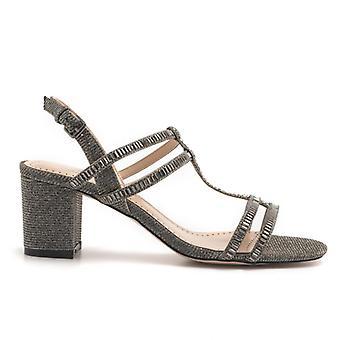 Sandale din material gri cu toc mediu