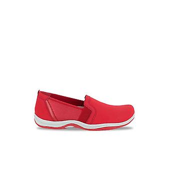 Easy Street Womens Mollie Leather Low Top Slip On Fashion Sneakers