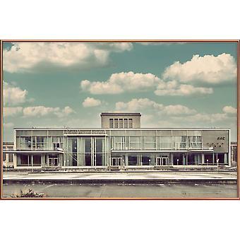 JUNIQE Print -  Palais Am Funkturm - Architektur Poster in Cremeweiß & Türkis