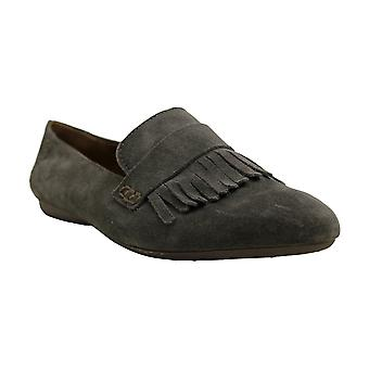 B.O.C Womens McGee Leather Almond Toe Loafers