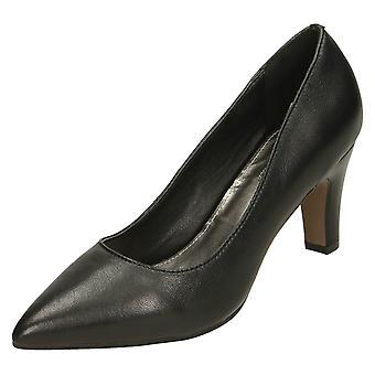 Damer läder kollektion domstol skor