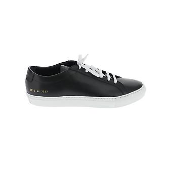 Common Projects 22537547 Mannen's Black Leather Sneakers