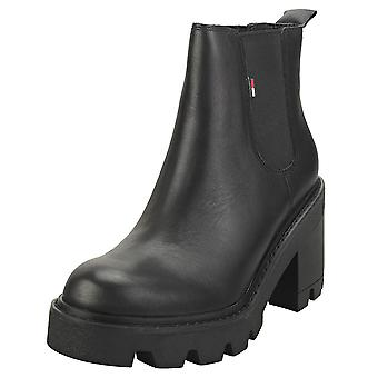 Tommy Jeans Essential Mid Heel Womens Casual Boots in Black