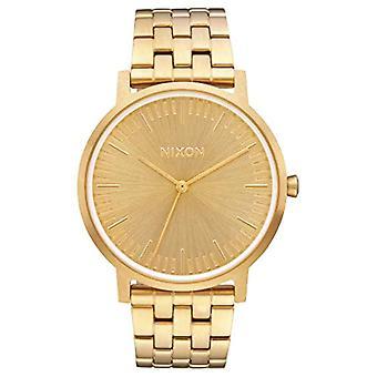 Reloj analógico de cuarzo de Mens de Nixon con banda de acero inoxidable A1057-502-00