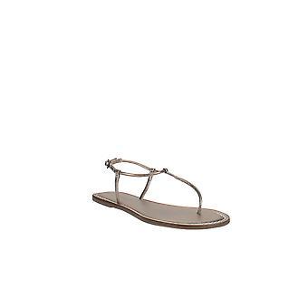 Bernardo | Lilly T-Strap Thong Sandals
