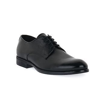 Exton saffiano black shoes