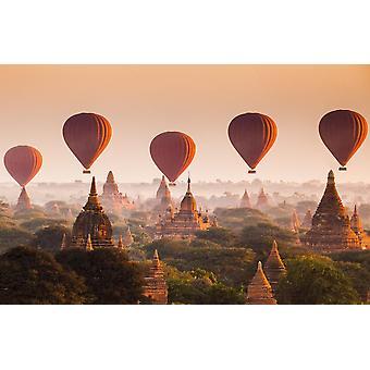 Vægmaleri varmluftsballon over Bagan