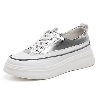 רוכסן שטוח, נעלי עור ונעלי ספורט בצבע מעורב