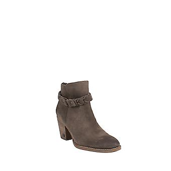 Sam Edelman | Minetta Ankle Booties