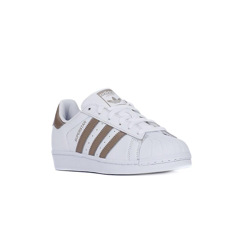 new arrival 32f27 5d49f Adidas Superstar W CG5463 universal all year women shoes