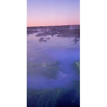 Heiße Quellen in einem See Blue Lagoon Island Poster Print