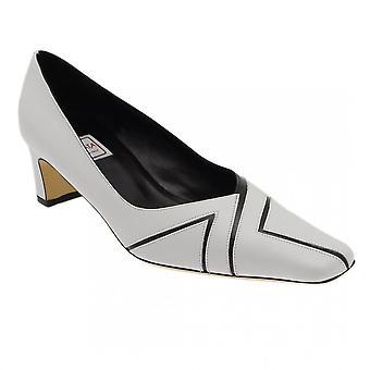 Renata wit en zwart lage Court Shoe Square Hl