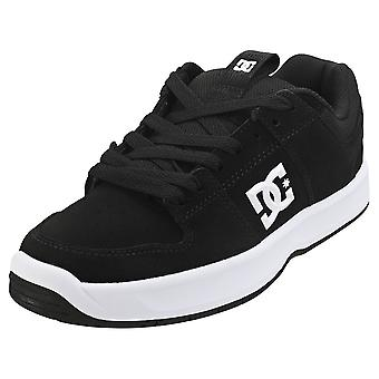 DC Shoes Lynx Zero Mens Skate Trainers in Black White