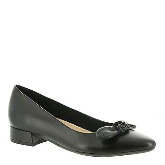 Easy Spirit Womens Calasee Fabric Pointed Toe Classic Pumps