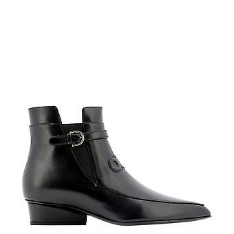 Salvatore Ferragamo 732741 Dames's Black Leather Enkellaarsjes