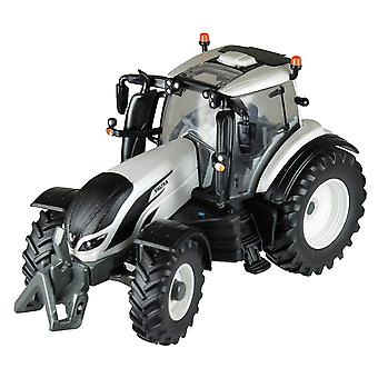 Britains Valtra T4 Tractor Model Vehicle
