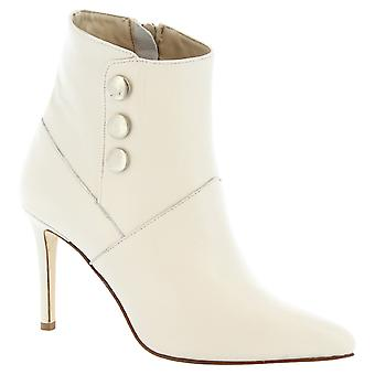 Leonardo Shoes Women's handmade stiletto ankle boots in white calf leather