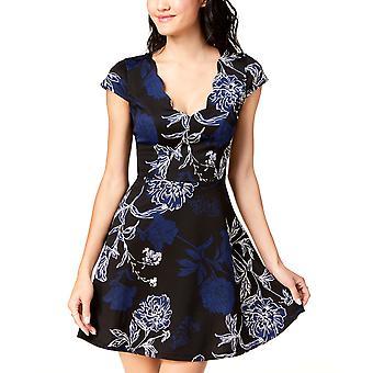 Trixxi Clothing Company   Printed & Scalloped Lace-Back Dress