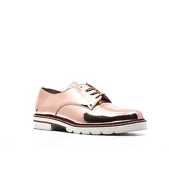 Stuart Weitzman | Metro Glass Oxfords