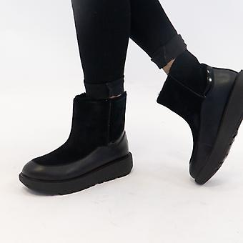 FitFlop Elin Ladies Suede Ankle Boots All Black
