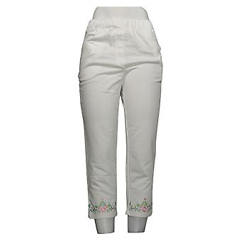 Quacker Factory Women's Pants Floral Embroidered Knit Crop White A302767