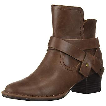 UGG Women's W Elysian Fashion Boot