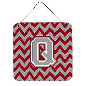 Buchstabe Q Chevron Crimson und graue Wand oder Tür hängen Drucke