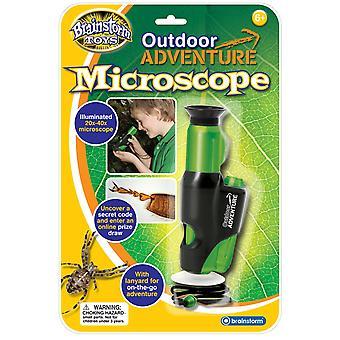 Idédugnad leker utendørs eventyr mikroskopet