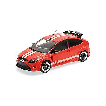 Ford Focus RS (1967 Ford MkIV Tribute 2010) Diecast Model auto