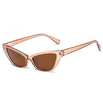 Trendiga små spetsiga cat-eye solglasögon beige