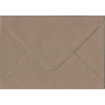 Fleck kraftpapir gummierede C5/A5 farvede brune kuverter. 110gsm FSC bæredygtig papir. 162 mm x 229 mm. bankmand stil kuvert.