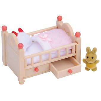 Les familles sylvanian lit de bébé