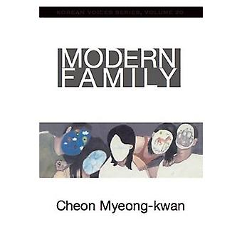 Modern Family by Myeong-Kwan Cheon - Kyoung-Lee Park - 9781935210672