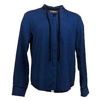 Elizabeth & Clarke Women's Top StainTech Tie Collar Blue A353170