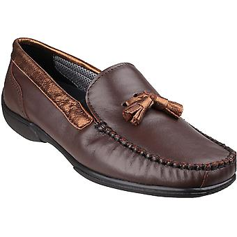 كوتسوولد النسائي/السيدات الجلود بيدليستوني الانزلاق على الأحذية