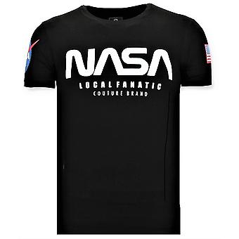 Tryckt T-shirt - NASA American Flag Shirt - Svart