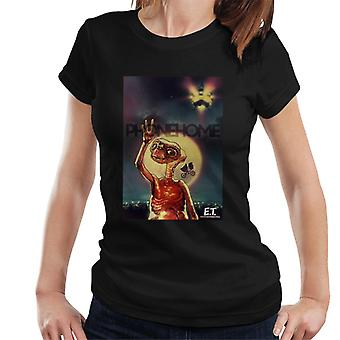 E.T. The Extra-Terrestrial Phone Home Montage Women's T-Shirt