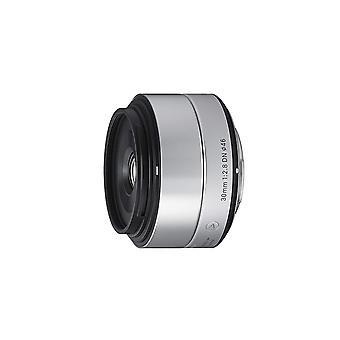 Sigma art 30mm f2.8 dn silverlins för micro fyra tredjedelar montering