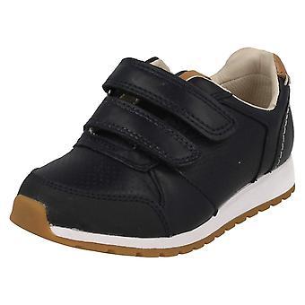 Chłopcy stylowe buty Clarks Zest Tex