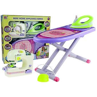 Spielzeug-Näh- und Bügelbrett-Set