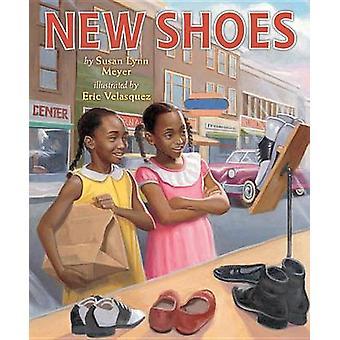 New Shoes by Susan Lynn Meyer - Eric Velasquez - 9780823435739 Book