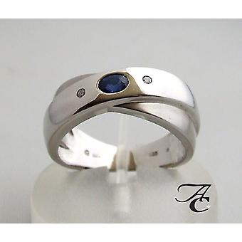 White gold ring with sapphire and two diamonds