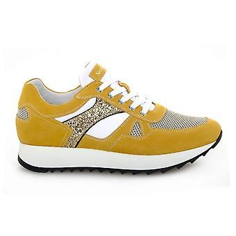נירו ג'יארדיני 010521662 אוניברסלי כל השנה נעלי נשים