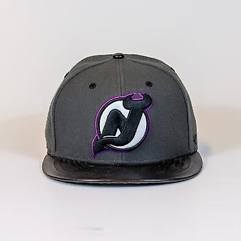 47 Marka Nhl New Jersey Devils Purple Outline Logo Snapback Cap
