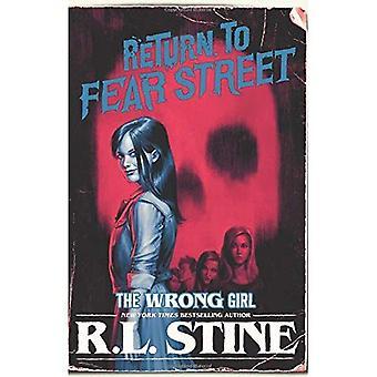 Fel tjej (återgå till rädsla Street)