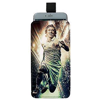 Luka Modric Large Pull-up Mobile Bag