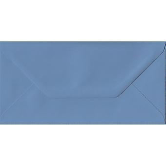 Fransk blå gummieret DL farvet blå konvolutter. 135gsm GF Smith Colorplan papir. 110 mm x 220 mm. bankmand stil kuvert.